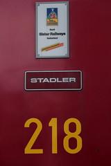 Triebwagen BDhe 4/8 218 der Jungfraubahn JB ( Zahnradbahn 1000mm - Zahnradtriebwagen => Baujahr 2002 => Hersteller Stadler Rail ) auf dem Bahnhof Kleine Scheidegg im Berner Oberland im Kanton Bern der Schweiz (chrchr_75) Tags: train de tren schweiz switzerland suisse swiss eisenbahn railway zug april locomotive cogwheel christoph svizzera bahn zahnrad treno schweizer berner chemin centralstation fer locomotora tog crmaillre juna lokomotive lok berneroberland ferrovia oberland bergbahn cremallera spoorweg suissa 2015 zahnradbahn locomotiva lokomotiv ferroviaria  locomotief jungfraubahn chrigu  rautatie  mountaintrain bahnen zoug trainen kantonbern  chrchr hurni chrchr75 chriguhurni albumbahnenderschweiz chriguhurnibluemailch albumbahnenderschweiz201516 albumzzz201504april