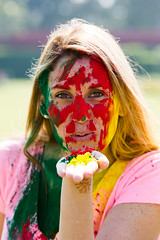 Holi Color Festival (Gigin - NoDigital) Tags: people india colors face other eyes colorful asia hand powder laugh geography activity bodyparts jaipur holicolorfestival