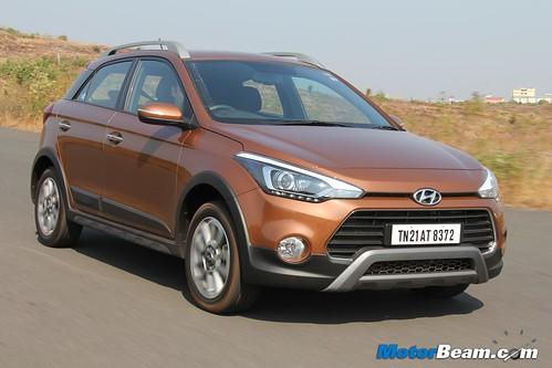 2015-Hyundai-i20-Active-03
