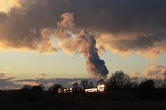 STEAM LOCO AND THE GLINT OF THE SUN... (Keith Wilko) Tags: sunsets steam worcestershire railways lt railroads thesun locos londontransport steamtrains svr gwr severnvalleyrailway kidderminster bewdley greatwesternrailway steamlocomotives panniertank railwayengines uksteam uksteamtrains l92 settngsun panniertanks gwrlocomotives greatwesternlocomotives severnvalleyphotocharters mattfieldingcharter