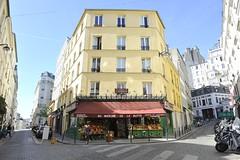 Paris 18me - 75018 - (Rog01) Tags: paris poulin amliepoulain paris18 maisoncollignon lefabuleuxdestin