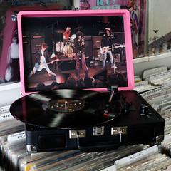 ramones cruiser a (Hungry Ear Records) Tags: hawaii vinyl turntable recordplayer ramones honolulu limitededition exclusive crosley rsd15 recordstoreday