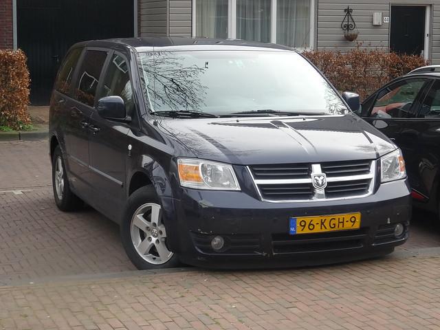 netherlands utrecht nederland dodge 2015 grandcaravan sidecode7 96kgh9