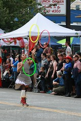 Fremont Solstice 2016  2409 (khaufle) Tags: solstice fremont wa usa hulahoop juggling parade