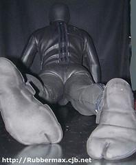 212 17 (rubbermax) Tags: rubber wetsuit neoprene