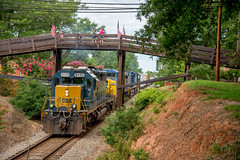 SD40-2 at Waxhaw (ajketh) Tags: new wood electric train dark wooden nc nikon orleans nashville general 04 north july flags transportation future carolina electro louisville motive how division tomorrow ge fourth 406 freight 07 moves csx ln waxhaw manifest 2016 421 emd sd402 seaboard csxt 8621 8135 ac4400 cw44ac ac4400cw yn3 sd502 q614