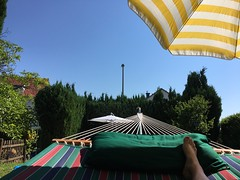 relaxing (T.Flat ) Tags: summer panorama apple germany garden relax deutschland hessen estate vrt outdoor sommer relaxing jardin have zomer jardim verano vero tuin bahe ios allemagne garten sumar zeit giardino hage sommar jardn yaz kes trdgrd idylle hesse lt iphone gradina s6 haf gardd entspannung puutarha vara relaxen erholung ruhe somer lato sommertag ogrd garurinn ljeto letn gartenblume letn zahradn kelkheim gairdn entschleunigung tsamhraidh zeitfrsich deutscher sichzeitnehmen sommer zhradn