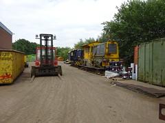 Weert, 8 juli 2016 (martijn532) Tags: weert muijs locomotief loc locje trein nederlands ns sik sik338 yara cockerill sluiskil lkm lokomotiefbaukarlmarkx