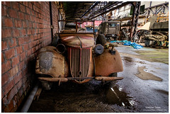 _MTA5696.jpg (Moyse911) Tags: auto usa truck army photo amazing factory fuji tank sam jeep image military picture camion american militaire fou insolite vieux armee oncle urbex amricain hangars xt1 ancetre onclesamurbexauto