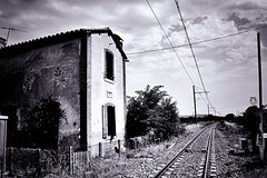 The old signal house (CMF1983) Tags: train railroad tamron d3300 nikon mono blackandwhite bw flickrsbest perspective creative france illesurtet abandoned derelict old railway signalhouse