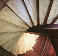 Colonial Williamsburg (jensunderland) Tags: geometry lines rays circular abstract iphone stairs colonialwilliamsburg