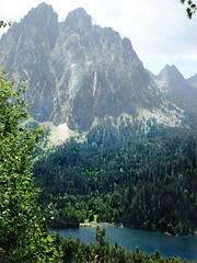 Lago Sant Maurici..(Lleida) (Olymbe) Tags: aiguastortas pirineos espot pallarsdesobira lago sanmauricio parquenatural lleida catalua