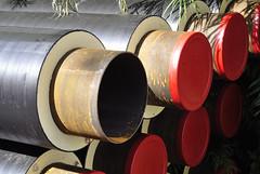 Rohre fr eine Pipeline, Grevenbroich-Neurath (borntobewild1946) Tags: copyrightbyberndloosborntobewild1946 nrw rheinland nordrheinwestfalen grevenbroich grevenbroichneurath neurath rohre isolierung pipeline wrmegedmmt isoliert wrmeisoliert fernwrmepipeline fernwrmerohre