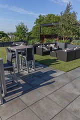 Bradley Low-Res11 (Chicago Roof Deck and Garden) Tags: pergola concrete porcelain roof deck chicagoroofdeck design landscape city landscapes roofdecks chicago outdoor spaces outdoorliving furniture synlawn ravenswood rooftop garden