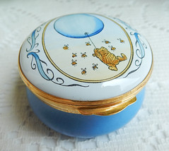 Crummles English England Enamels Trinket Pill Box ~ Winnie the Pooh ~ w Box (Donna's Collectables) Tags: crummles english england enamels trinket pill box ~ winnie pooh w
