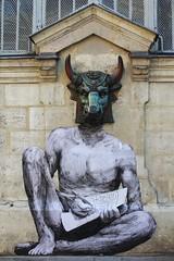 Levalet_0641 rue des Hospitalires Saint Gervais Paris 04 (meuh1246) Tags: streetart paris animaux paris04 taureau minotaure ruedeshospitaliressaintgervais levalet
