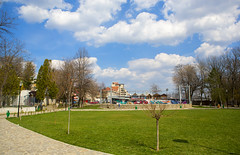 Moinesti Park (tudor.ghioc) Tags: park summer nature weather clouds spring romania oil parc extraction bacau mostlysunny petrom moinesti mostlicloudy