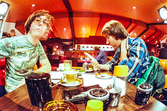 Fast Freddy's Food Factory (DNO_Dennis) Tags: food canon tea fisheye larry resturant dennis nikones1 fastfreddysfoodfactory