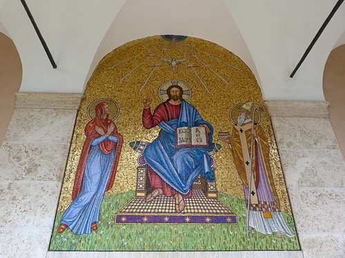 Monte Cassino - the abbey cloister mosaic