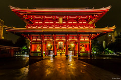 Late Night at Senso-ji Temple, Asakusa (dinero57) Tags: nightphotography building japan architecture canon landscape temple sensoji tokyo cityscape iso asakusa highiso canonphotography eos5dmarkiii 5dmarkiii dinero57