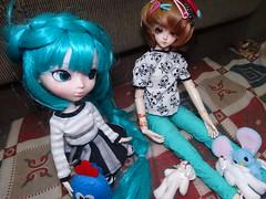 Dimenses [03/06] (Meteor-a) Tags: bjd ball jointed doll pullip cute kawaii hatsune miku minzy magic time miro connor femboy galinha pintadinha