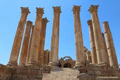 Gerasa, Jerash, Jordan, a closer detail of the colums (ssspnnn) Tags: jerash romans ruins monuments historicalcities canoneos70d snunes spnunes nunes spereiranunes jordan jordania gerasa decapolis