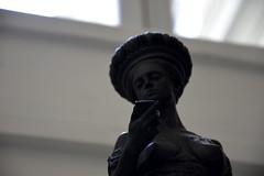 """Cos'?"" / ""What's this?"" (Loredana Consoli) Tags: statua statue museoarcheologico museoarcheologiconazionalenapoli napoli museo museum campania art alexeymorosov italy"
