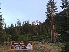 IMG_6058 (Tim Berger) Tags: shasta cascadevolcano northgate dayhike hotlumbolam mountainclimb 14er fourteener attempt
