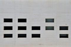 15 150731 Crdoba Museo Madinat Al Zahara Nieto Sobejano Arquitectos 2009, 33174 (javier1949) Tags: museodemadinatalzahra interpretacin museo arqueolgico centrodeinterpretacin madinatalzahra crdoba arquitectura arquitectos nietosobejanoarquitectos fuensantanieto enriquesobejano proyecto miguelubarrechena carlosballesteros pedroquero juancarlosredondo miguelmesas museografa fradearquitectossl restos ciudad califal palatina hispanomusulmana arqueologa yacimiento paisaje ruinas bajotierra secuencia llenos vacos cubiertas patios iluminacin cenital muros hormign acerocortn blanco rojo luz sombra textura material difusin didctica institucin custodia conservacin investigacin reacultural exposicin biblioteca manuelocaa aula seminarios administracin almacenes talleres centrodedocumentacin tienda librera cafetera restaurante premios concurso