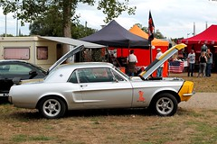 Ford Mustang Turbo Technique (seb !!!) Tags: ford mustang turbo technique 2016 auto automobile automovel automovil automobil canon 1100d cars anciennes ancienne old oldtimers populaire mantes la jolie american car festival show seb france voiture wagen america americaine amerique usa us united state photo picture foto image bild imagen imagem classique classic klassic capot cap cappuccio capucha hood abzugshaube coup grise grigio gris grau gray cinza jaune giallo amarillo amarelo yellow gelb muscle