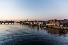 Maastricht Meuse- Maas (saigneurdeguerre) Tags: antonioponte antonio ponte canon 5d mark mark3 3 iii nederland paysbas netherlands limburg limbourg maastricht maestricht fleuve river rio water eau voienavigable aqua agua