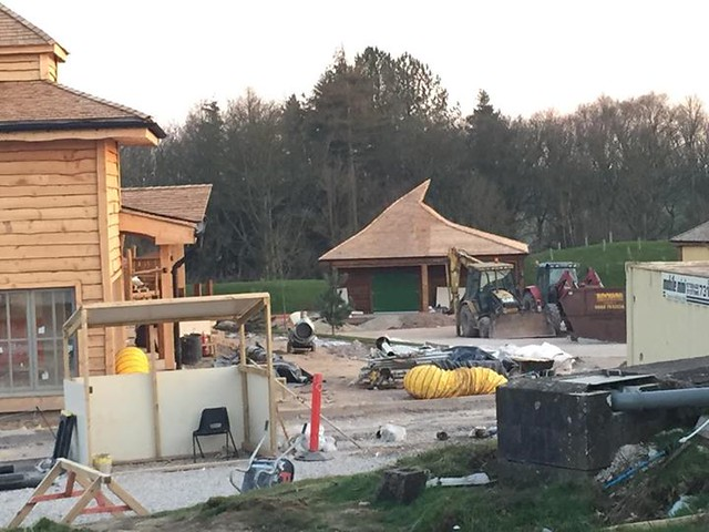 22/03/2015 - This looks like it could be the enchanted village shop.