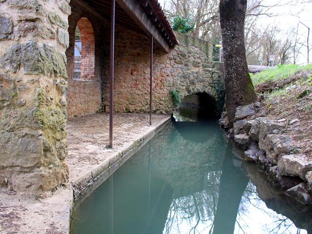 Le lavoir du quartier Saint-Roch