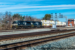 """NS 21G, CP 194, west on One, Clear. Out!"" (redheadedrobbie1) Tags: norfolksouthern berea sd70m sd70m2 21g"