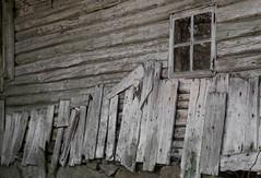 (little.miss.linda) Tags: house abandoned barn forgotten worn sverige dalsland de dehus