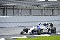 British Grand Prix, Silverstone 10/07/2016 (Gary S. Crutchley) Tags: uk england race speed corner ed one mercedes 1 nikon track britain united great petronas kingdom grand f1 racing prix silverstone single formula driver british nikkor circuit fia 28300mm vr gp afs motorsport d800 copse seater f3556g