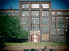 Threadbare Factory. (david grim) Tags: ohio cleveland streetphotography oh eastside richman hough cuyahogacounty richmanbros