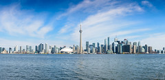 Toronto skyline - Day (freshwater2006) Tags: canada d7100 nikon toronto ontario canad ca skyline cntower latourcn rogerscenter bluejays torontoislands edificios buildings city ciudad panorama pano