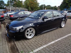 BMW E60 (911gt2rs) Tags: treffen meeting show tuning tief low stance bimmer 5er 520i 525i 530i 540i blau blue