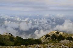 Nubes y nieblas (eitb.eus) Tags: eitbcom 5039 g1 tiemponaturaleza tiempon2016 dima gonzaloelorza