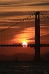 Golden Hour at Golden Gate (Chauxe) Tags: ssf sanfrancisco usa chauxe canoneos canoneos60d canon etatsunis franais photographefranais photographe paisaje landscape unitedstates ouestamericain paysage roadtrip travel trip voyage soleil sun sunset couchdesoleil coucherdesoleil coucherdusoleil pont goldengate