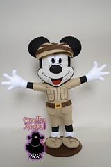 Mickey Safari (ovelhanegra_toys) Tags: birthday party handmade artesanato decoration felt mickey safari mickeymouse feltro manualidades fieltro feltcraft feitoamão ovelhanegratoys