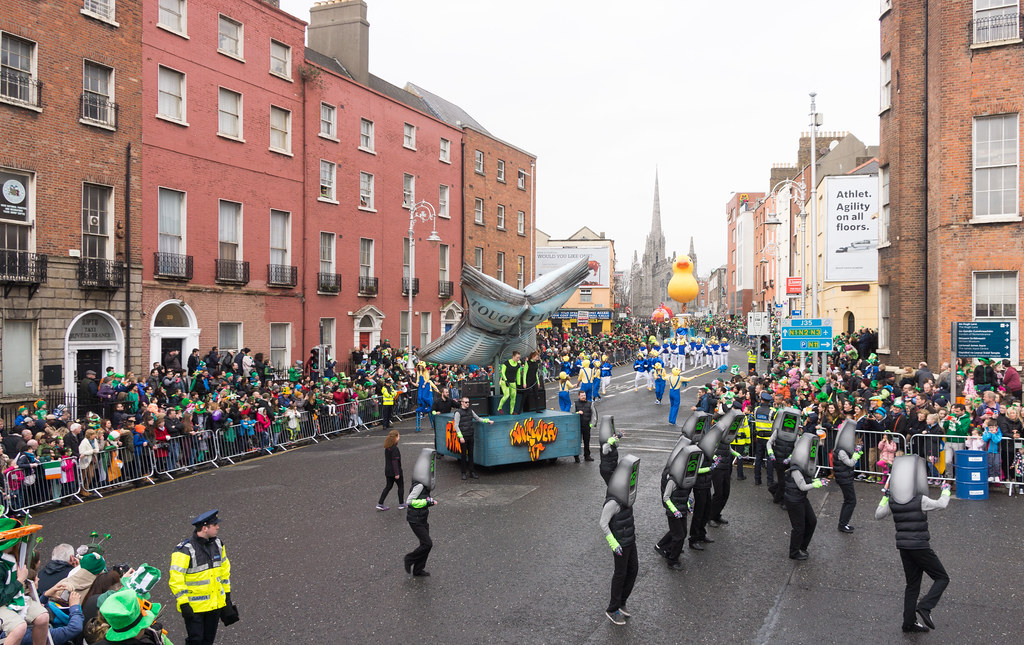 Buí Bolg Outdoor Arts At The St. Patrick's Parade In Dublin [2015]-1022487