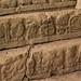 63 degraus com hieróglifos