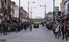 اه ي لندن دنتي زحمه (zanabro.alrowaie) Tags: uk london لندن زحمة