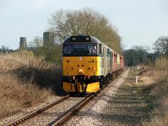 31271+601 Wymondham 27/03/15 (rhayward92) Tags: norfolk railway double class heading 31 mid wymondham mnr 31271 31601