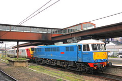 West Coast meets East Coast (96tommy) Tags: uk blue england west electric les train photography coast photo ross chelsea driving br diesel britain united great transport rail railway kingdom trains east virgin transportation gb british locomotive trailer van railtour rare charter dvt 82126 86259 pretendolino