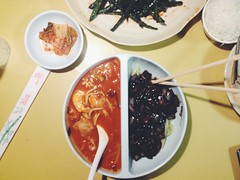106/365 (moke076) Tags: food black oneaday mobile lunch soup restaurant sauce chinese cellphone cell plate bowl bean eat korean photoaday chopsticks noodles seafood 365 iphone jjajangmyun myeon 2015 project365 jampong 365project jajang vsco jjajang jjampong manchunhong vscocam jamppong