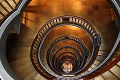 Meberghof (Elbmaedchen) Tags: spirals hamburg staircase inside escaleras spirale 2010 escaliers kontorhaus treppenauge mesberghof