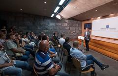 Clavijo asiste a la presentacin de una serie documental que promociona los productos locales (Presidencia del Gobierno. Gobierno de Canarias) Tags: canarias gobierno clavijo agricultura serie documental